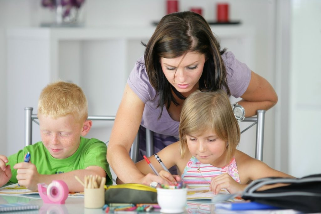 Selecting The Proper Little one Care Facility For Your Household