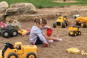 PLAY Preschool Silverlake – Teaching Preschoolers Dancing and Music